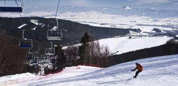 Ski trails and Mountain transport facilities